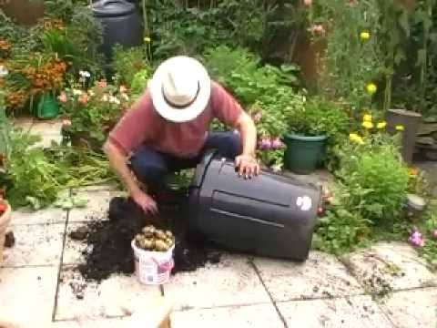 how to grow potatoes in a bag monty don