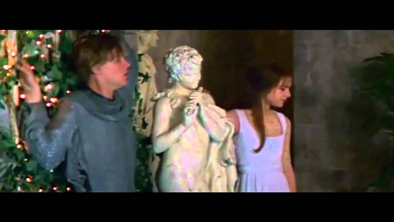romeo juliet balcony scene 1996