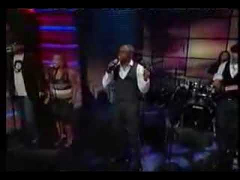 "Wayne Brady performs ""Ordinary"" on Regis & Kelly"