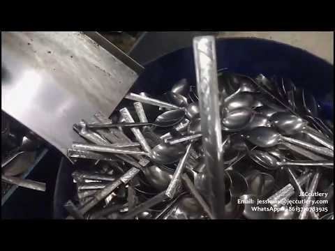 How are the SUS spoons/forks production making by the automatic press/hydraulic punching machine?