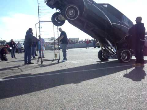 Spooky hopping in Odessa super car show