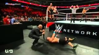عودة ستينغ من جديد 2015 في مبارة جون سينا ضد سيث ر