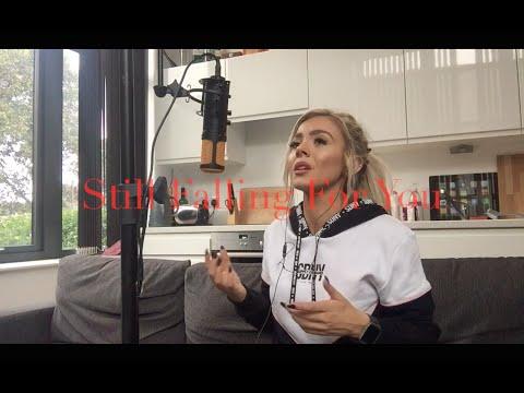 Ellie Goulding - Still Falling For You (Bridget Jones Baby Cover)