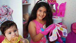 YAĞMUR'un yeni Barbie makyaj seti-Yağmur hasta oldu okula gidemedi-Eğlence Tv-New make up set