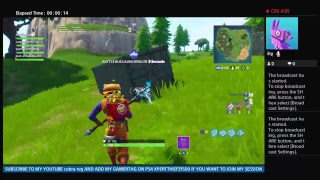FORTNITE random kid gets scream at by mom really funny😂😂