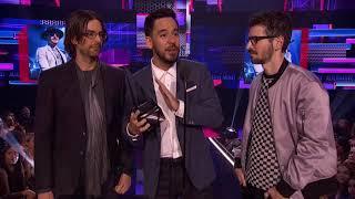 Linkin Park Wins Alternative Artist - AMAs 2017