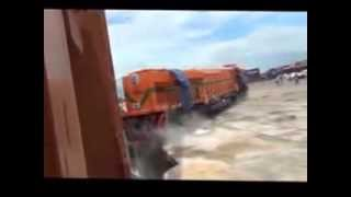 Unloading a Train from a Cargo Ship Fail