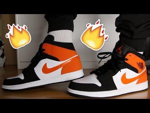 Air Jordan 1's MID