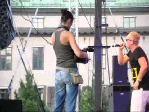 Flo Rida, Lazee, Sean Banan @ The Voice 2010, Ung 08 Stockholm).wmv