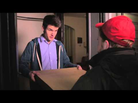 Amazing! Customer Surprises Hardworking Pizza Delivery Driver With His Own Pizza