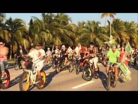 экскурсовод по Флориде / парад Зомби