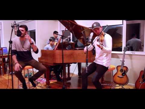 Jeena Jeena (Atif Aslam) | Jab Koi Baat (Kumar Sanu) - Live Acoustic Cover