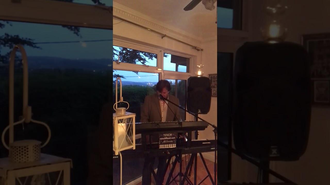 Con Clifford Video 1