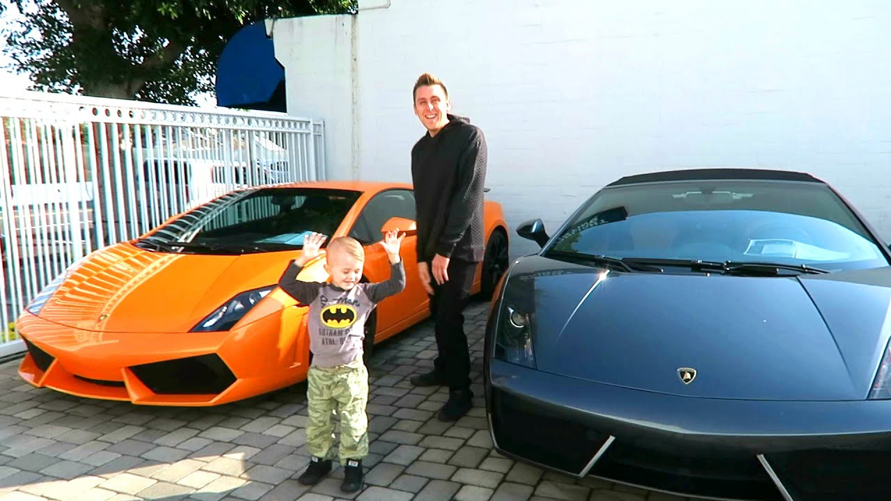 photo of Roman Atwood  - car