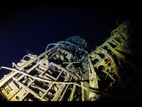 WWII Plane Wreck @night with the OrcaTorch D620V