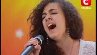 Украина имеет таланты! поет Лусине Кочарян