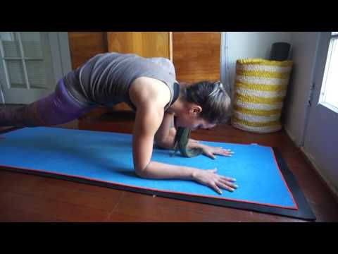 Yoga para dor nas costas   Yoga no canal da Pri   YouTube