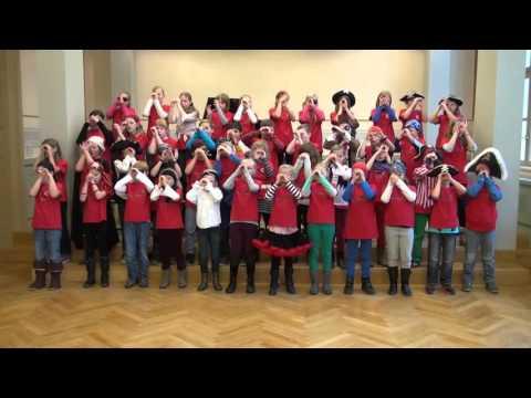 Freie Grundschule Fürstenwalde führt Piratensong auf (2014), Kurzfassung