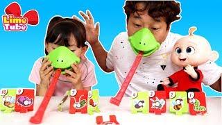 [대결]아빠랑 딸 | 가짜 도마뱀 혓바닥? 패밀리 보드게임 장난감 놀이 LimeTube & Toy | Tic Tac Tongue
