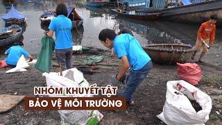 """Chuyện những người khuyết tật """"thích"""" nhặt rác ở bãi biển Đà Nẵng"""