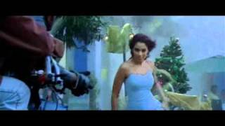 Bipasha proposing vijay;cute scene in sachin.AVI
