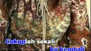Mamat - Tak Mungkin Berpaling.flv