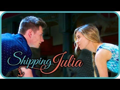 Allure of the Seas - Shipping Julia Ep. 1