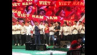 [Cut] Đi Để Trở Về - Thu Phương - Vũ Cát Tường cùng U23 Việt Nam