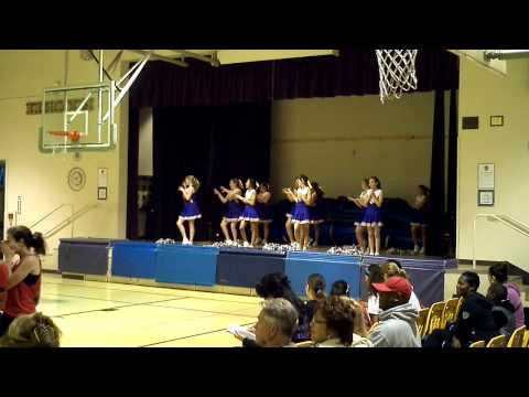 The Lincoln Middle School cheer leaders cheering
