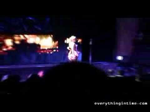 Gwen Stefani  -  4 In The Morning  HD