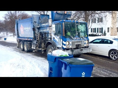 A Snowy Minnesota Garbage Day: Republic Services