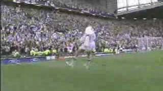 beckham free-kick vs greece(the legendary free kick that had me dancing in the street and on car bonets., 2006-04-07T13:34:26.000Z)