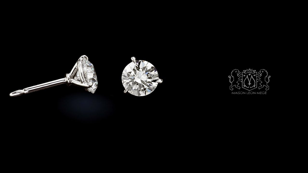 cut sku stud diamonds earrings with round three gold diamond white prong