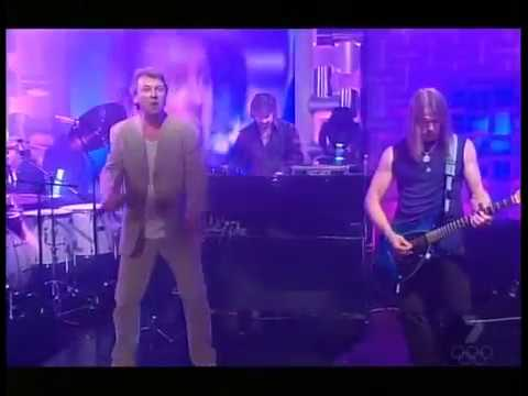 Deep Purple perform Silver Tongue live on Australian TV in 2004.