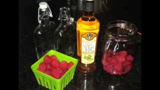 Easy Homemade Raspberry Vinegar