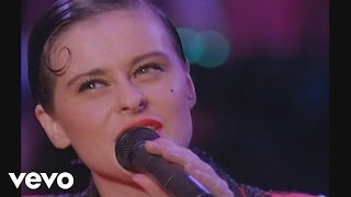 Watch Lisa Stansfield Mighty Love video