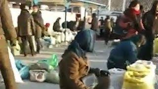 制裁下の北朝鮮、生き抜く市民ら 市場の映像を入手