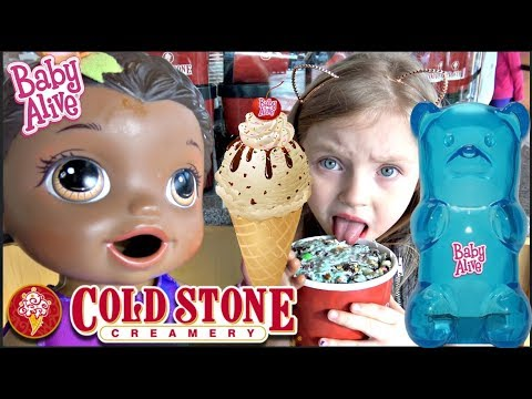 BABY ALIVE gets ICE CREAM with ALL the TOPPINGS! The Lilly and Mommy Show. The TOYTASTIC Sisters
