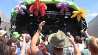 DJ Mamy Rock - Live at Glastonbury Music Festival 2010 Granny DJ