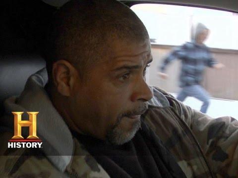 "Download Big Rig Bounty Hunters: Inside ""Dead on Arrival"" (S2, E2) | History"