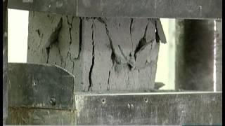 Челябинские студенты строительного факультета испытали на прочность пеноблоки