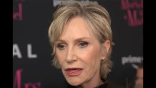 "Baixar The Marvelous Mrs Maisel Season 3 Premiere - Jane Lynch ""Sophie from Queens"""