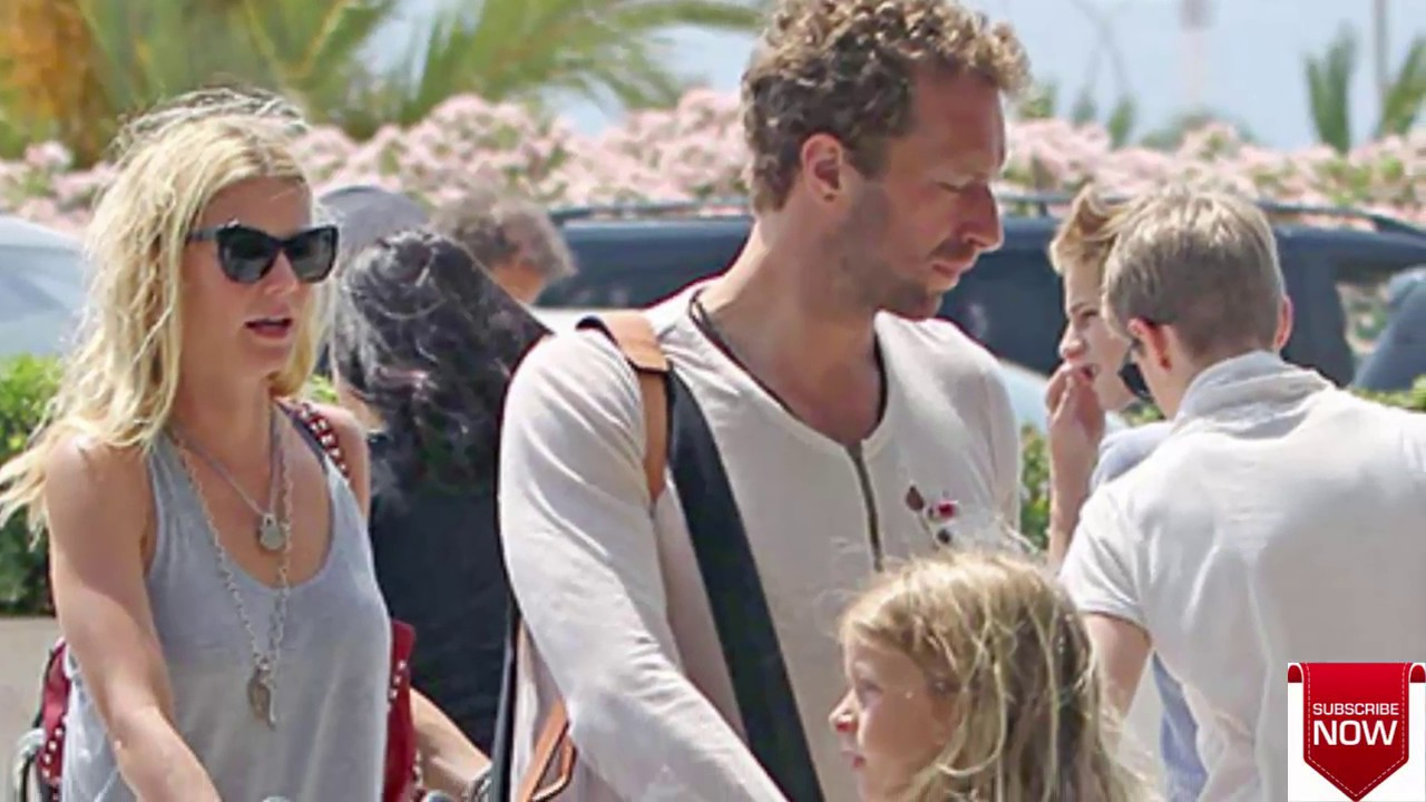Chris Martin Gwyneth Paltrow Kids Le Moses Sing With Dad On Stage Watch