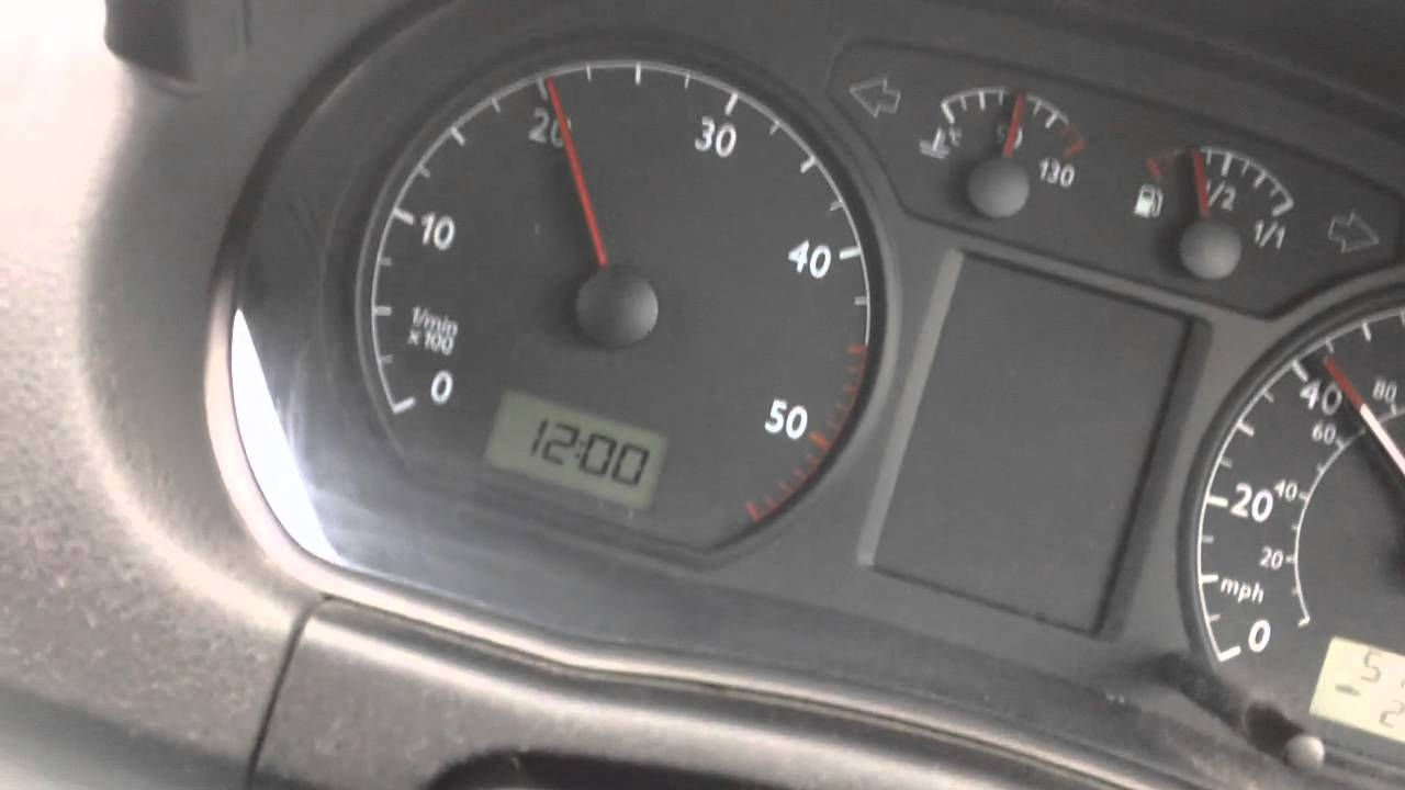 INSTRUMENT PANEL ON THE MOVE WITH [POLO 1 9SDI]