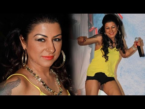 Hard Kaur at Grand 3rd Anniversary of Rumours Lounge in the Presence of Many Other Celebs