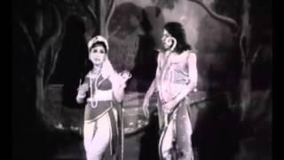பச்சைகிளி குயில் பாடும்(Pachaikili Kuyil Paadum)-Kadalithal Poduma Full Movie Song