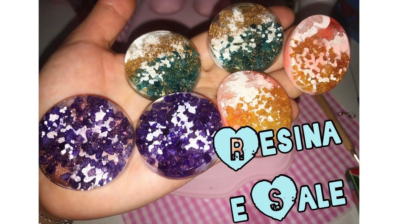 Creiamo insieme con la resina, sale colorato e petri dish ...