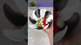 3D Printed Folding Leaf Container With Candies - 3D Printing Timelapse