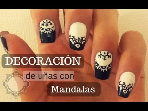 Decoracion De Uñas Mandalas En Blanco Y Negro Nail Decoration