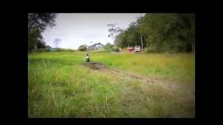 Лучшие эндуро мотоциклы - Yamaha XT 225 Serow(Лучшие эндуро мотоциклы - Yamaha XT 225 Serow Yamaha Serow - настоящий горный козлик! При чем Yamaha Serow 225 более распростране..., 2014-10-09T19:20:26.000Z)